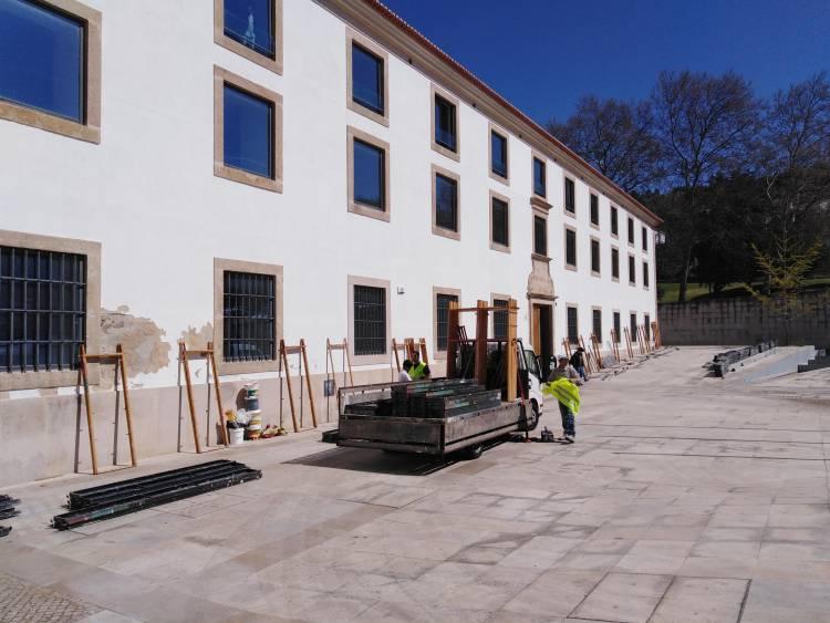 Arrancaram as obras de manutenção do edifício da Câmara Municipal de Portalegre