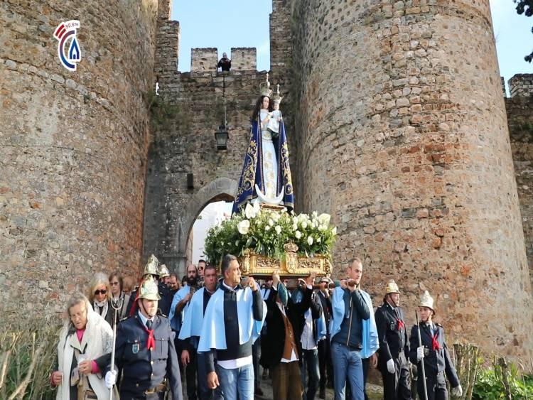 Campanário TV: Solenidade da Padroeira de Portugal encheu as artérias de Vila Viçosa de fé e devoção