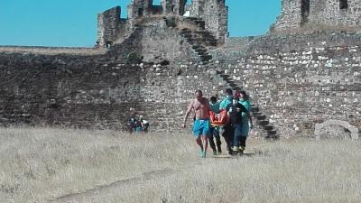NOTÍCIA ATUALIZADA: Mulher com cerca de 35 anos cai das escadas do castelo a uma altura de 6 metros