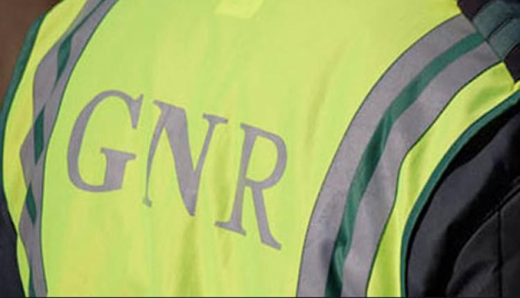 GNR regista incêndio em veículo na Autoestrada A6 (c/som)
