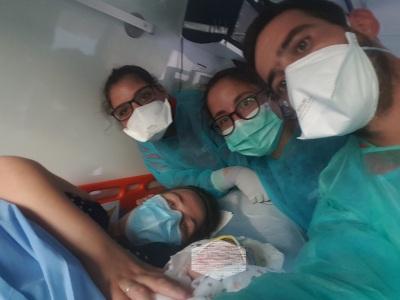 Bombeiros Voluntários de Vendas Novas fazem parto de uma menina