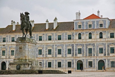 """Paço Ducal de Vila Viçosa recebe lançamento do livro """"A música na Corte da Rainha D. Maria II de Portugal"""""""