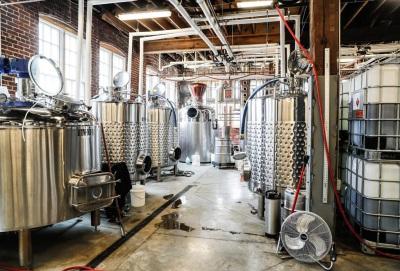 Associação Nacional de Farmácias apoia destilarias na certificação do álcool para os hospitais