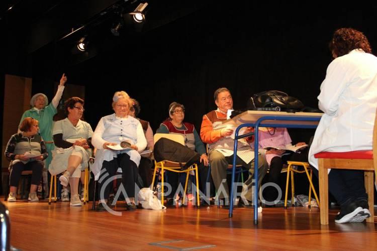 Borba: Pavilhão Caetano Gazimba cheio para abertura do Festival de Teatro da Rede de Universidades Seniores (c/som e fotos)