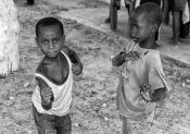 ASAE doa 600 artigos de vestuário para Moçambique