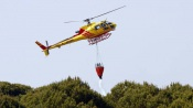 Atualização: Aumentam para 5 os meios aéreos no incêndio de grandes dimensões em Vila Boim