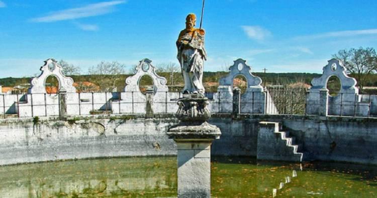 Universidade de Évora vai recuperar capelas da Quinta do Paço de Valverde