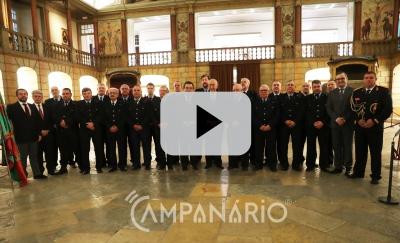 Veja o vídeo da apresentação do canto aos reis ao Pres. da República pelo Grupo Coral dos Bombeiros Voluntários do distrito de Évora