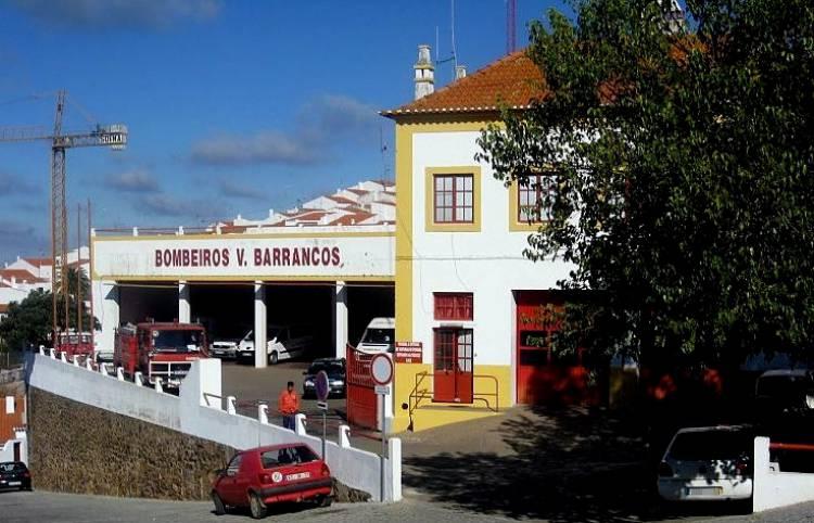 Barrancos: Uma só corporação para dois lados da fronteira (c/som)