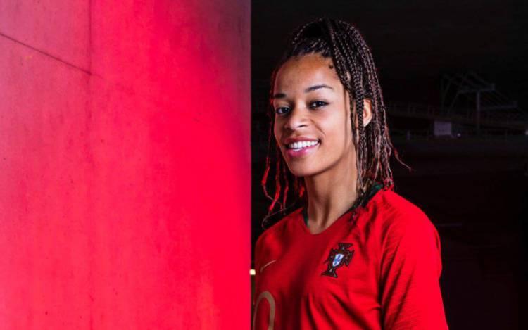 Alentejana Jéssica Silva assina pelas tetracampeãs europeias do Olympique de Lyon