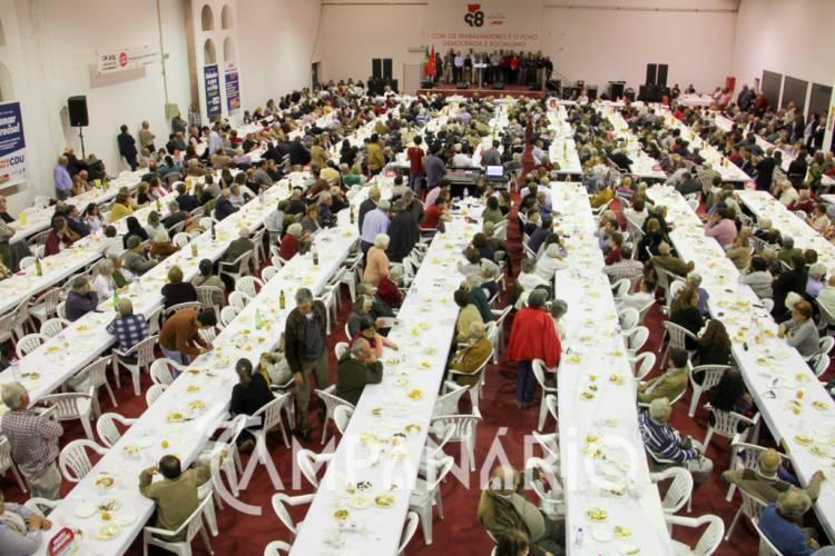 PCP reúne 'família comunista' alentejana em Elvas para celebrar o 98º aniversário (c/som e fotos)