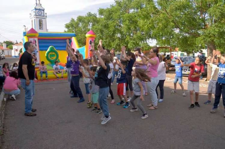 Arcos celebra o Dia da Criança com animação e sensibilização para adoção de animais