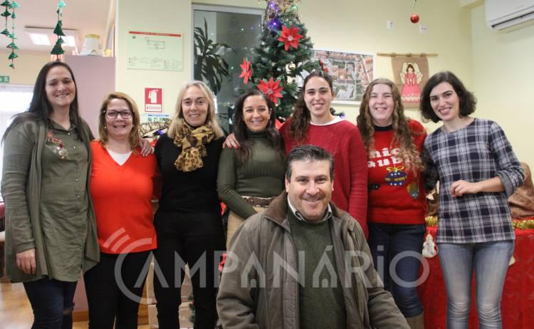 """Misericórdia de Borba entrega cerca de 50 cabazes para ajudar a """"fazer o Natal mais feliz"""", diz Mesário da instituição (c/som e fotos)"""