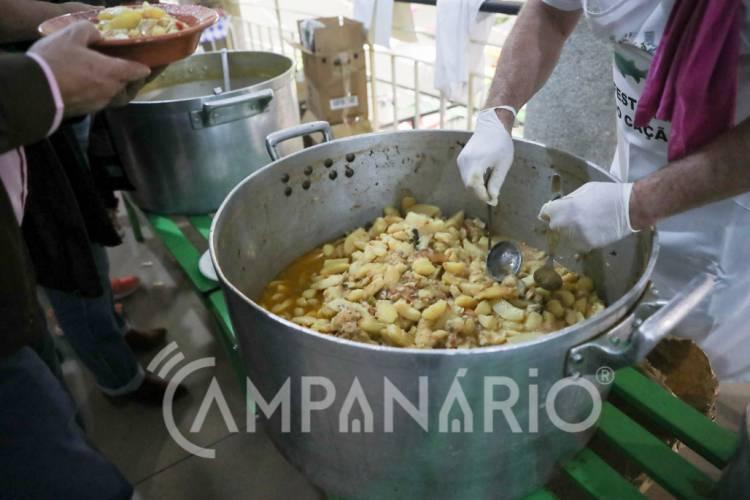 """O cação """"era o peixe que nós alentejanos comíamos, porque o outro não chegava cá"""", explica Francisco Silva sobre Festival em Portalegre (c/som e fotos)"""