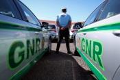 40 infrações rodoviárias e um incêndio foram algumas das ocorrências registadas pelo Comando Territorial de Évora da GNR no dia 7 de julho (c/som)