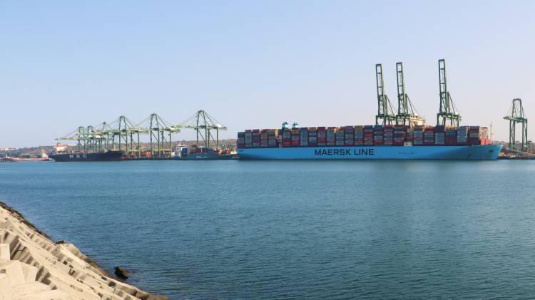 Porto de Sines continua na rota dos maiores porta-contentores do mundo