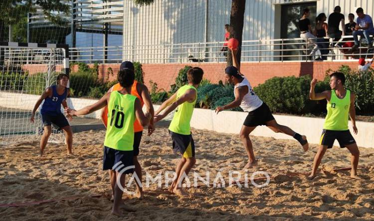 """Redondo: 2º Torneio de Andebol de Praia permitiu aos não praticantes """"descobrir a modalidade"""", diz Luís Faleiro (c/som e fotos)"""