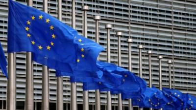 COVID-19: Comissão Europeia reforça preparação sanitária para surtos futuros