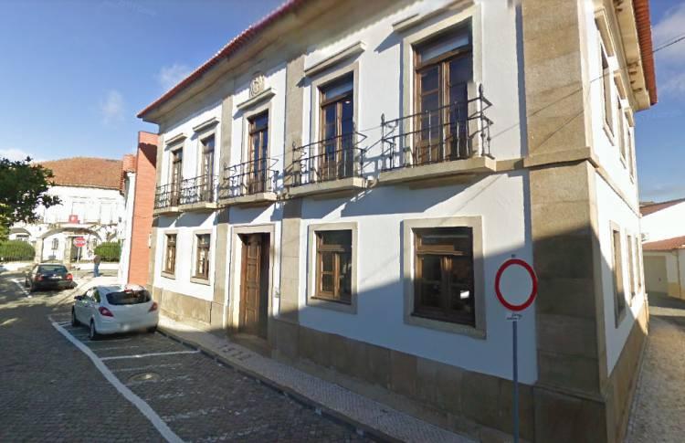 Município de Gavião vai demolir construções precárias e reabilitar 7 edifícios para habitação social