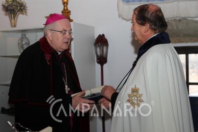 """Arcebispo de Évora dedica insígnia da Real Ordem de N. Sra da Conceição """"a todos que trabalham na Igreja, desde os que limpam os altares até aos párocos"""" (c/som e fotos)"""