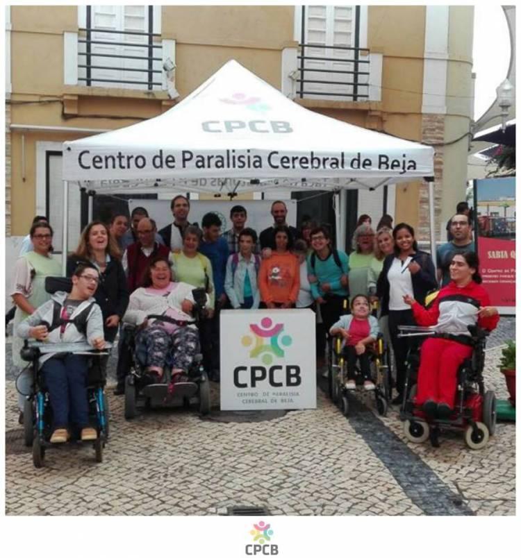Centro de Paralesia Cerebral de Beja cria calendário solidário