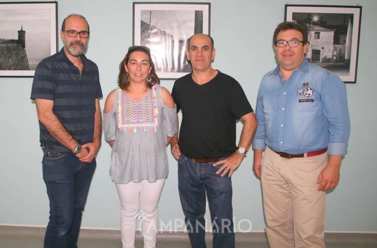 """Clínica Rainha Sta Isabel abriu portas da galeria a fotógrafos """"da terra"""", diz curador Carlos Godinho (c/som e fotos)"""