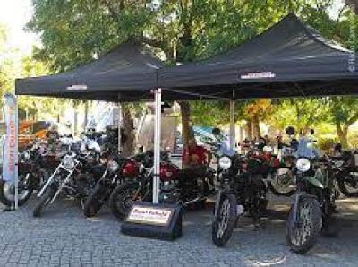 Motociclistas saem às ruas para protestar contra inspeções