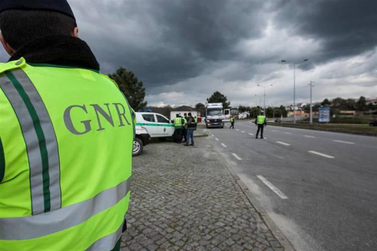 GNR registou 46 infrações de trânsito esta segunda-feira (c/som)