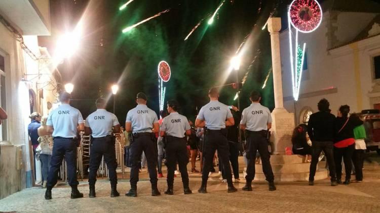 10 detidos e mais de 350 doses de droga apreendida na festa do Barrete Verde