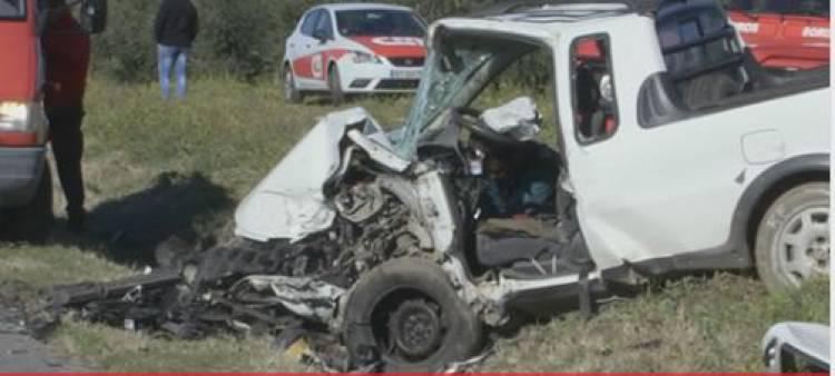 Aparatoso acidente com colisão frontal entre Évora e Reguengos