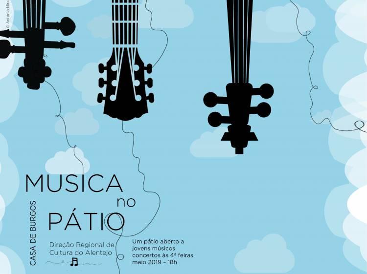 Casa dos Burgos em Évora abre o pátio a jovens músicos ao longo de maio
