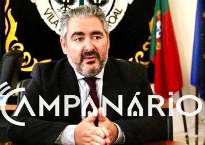 """Presidente C.M. Alandroal alerta """"familiares a não visitarem idosos e jovens a não se juntarem socialmente"""" (c/som)"""
