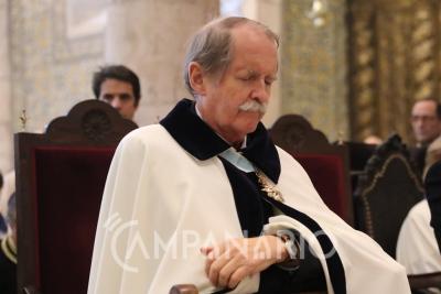 """""""Sou afilhado do Papa Pio XXII e fiquei muito honrado quando o Santo Padre passou o diploma eu meu nome"""", diz D. Duarte (c/som)"""