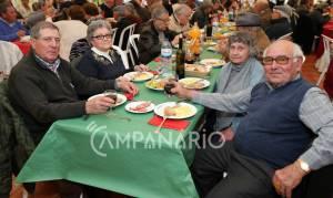 Alandroal reuniu cerca de 400 idosos, reformados e pensionistas em almoço de Natal (c/som e fotos)