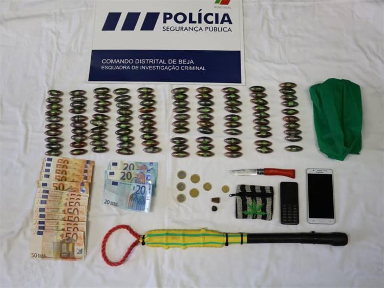 Dois detidos e mais de 5.200 doses de haxixe apreendida em Beja