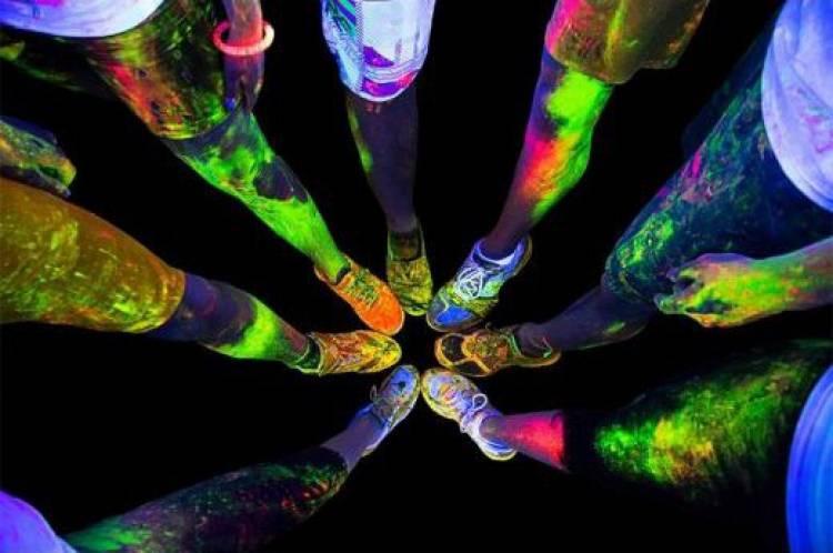 Estremoz recebe Néon Walk and Dance a 27 de setembro