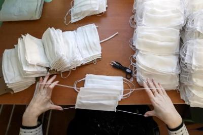 Covid-19: Enfermeiros do Alentejo questionam adequação de máscaras reutilizáveis