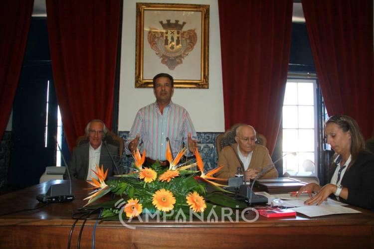 """Município de Vila Viçosa """"foi durante quatro anos, uma casa de cultura"""", diz Manuel Condenado na entrega de prémios e lançamento de livro (c/som e foto)"""