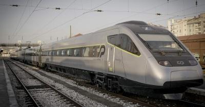 Páscoa: Comboios Intercidades só entre Lisboa, Évora e Beja. Expressos param autocarros