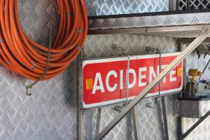 Acidente rodoviário provoca 5 feridos, 4 são menores