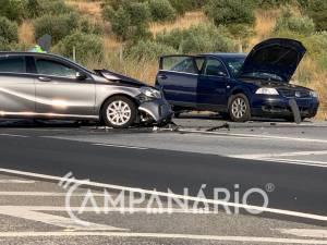 2 feridos após acidente em Estremoz (c/fotos)