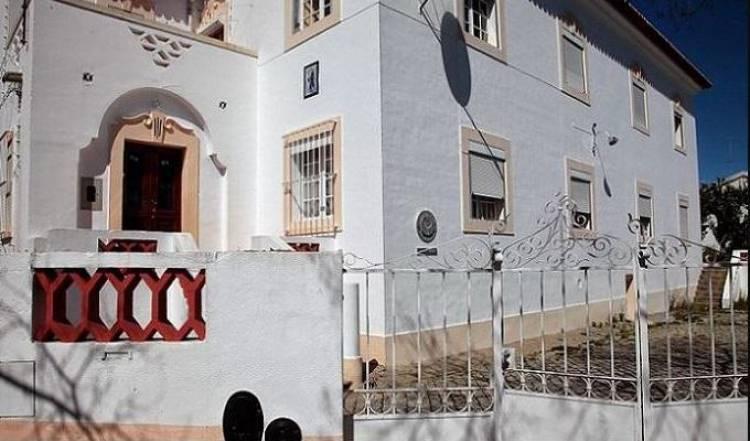 Universidade de Évora reabre residência Bento Jesus Caraça