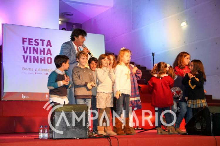 Vítor Romeu e Amigos anima 2ª noite da Festa da Vinha e do Vinho em Borba (c/ som e fotos)
