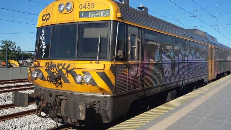 Troço ferroviário entre Beja e Casa Branca de fora do Programa Nacional de Investimentos 2030