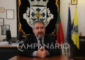 """""""Construção de novo pavilhão gimnodesportivo e de novo bloco de pré-escolar  tem o custo total de cerca de 2 milhões e 100 mil euros"""", diz Presidente da Câmara Municipal de Alandroal(Com Som)"""