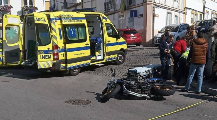 Portalegre: Colisão entre carro e mota faz um ferido