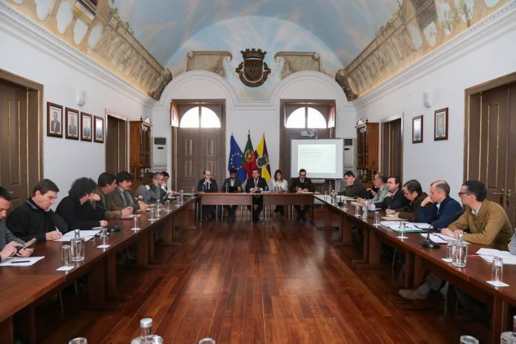 Sessão consultiva para criação da Rede Nacional de Arte Rupestre decorreu em Reguengos de Monsaraz