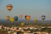 Esta terça-feira Monforte deu a partida ao voo da descoberta, no Festival Internacional de Balões de Ar Quente que vão encher os céus do Alentejo.