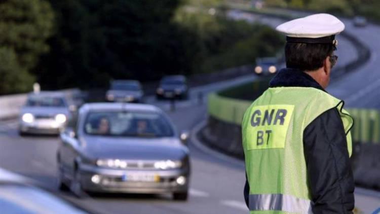 GNR regista 178 infrações de trânsito esta terça-feira (c/som)