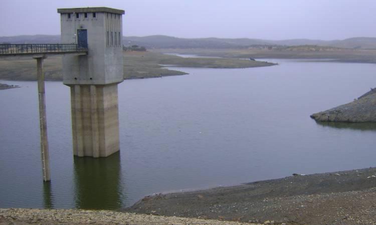 Armazenamento da Barragem do Lucefecit é insuficiente para campanha de rega primavera-verão, diz presidente da Assoc. Beneficiários (c/som)